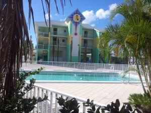 WannaB inn | Englewood Beach, Florida