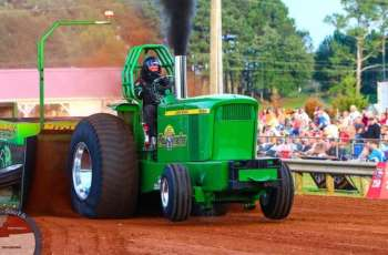 Truck and Tractor Pull Set for August 14 and 15 at Lexington Motorsports Park