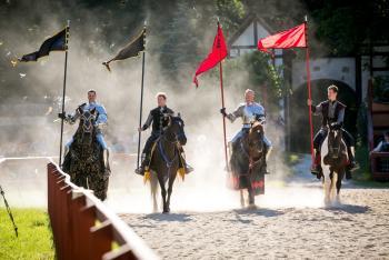 Bristol Renaissance Faire - 4 Riding Knights holding Flags