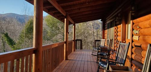 A cabin in Asheville in the Blue Ridge Mountains of North Carolina