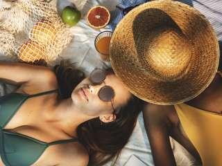 Beach Women