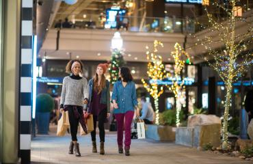 Friends shopping at City Creek Center in Downtown Salt Lake