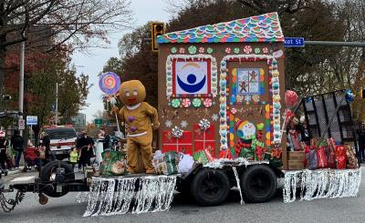 Harrisburg Holiday Parade Gingerbread House