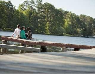 couple on pier