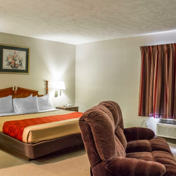 Rooms at the Econo Lodge