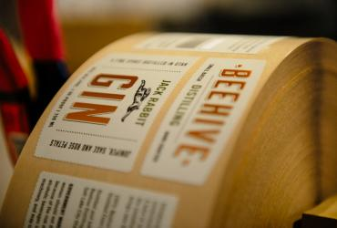 Beehive Gin Labels