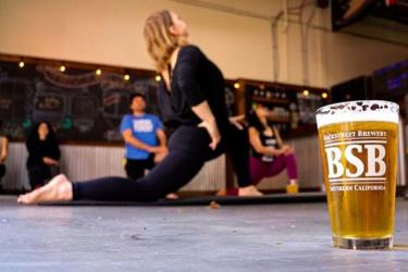 backstreet-brewery-yoga