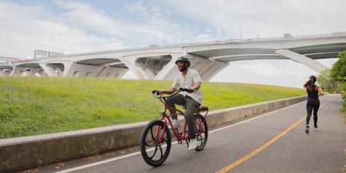 Biking Mount Vernon Trail Drop In
