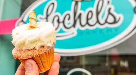 Lochel's Bakery 2020 Cupcake