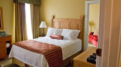 Guest Room at Woodside Lodge