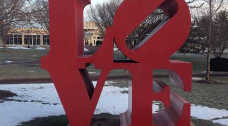 ATTRACTIONS - PHILLY FAVORITES - THE LOVE STATUE