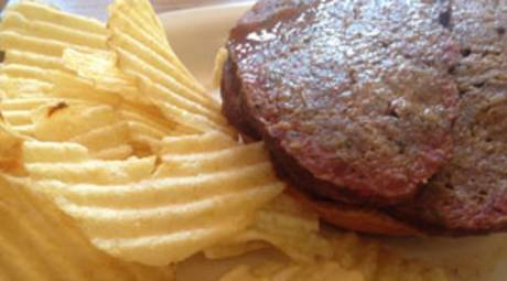 SLIEGH RIDES - PHAMOUS PHIL'S BBQ & GRILLE