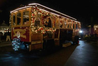 Napa Holiday Light Tours Trolley