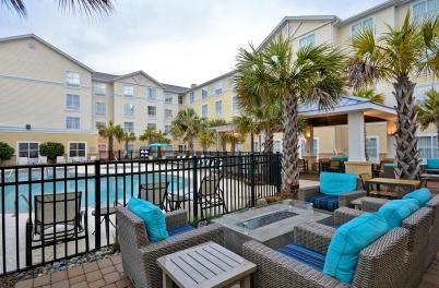 Homewood Suites Pool & Courtyard