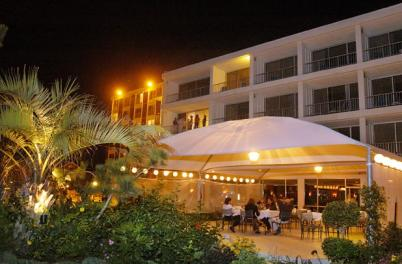 Twilight business meeting at the Blockade Runner Beach Resort
