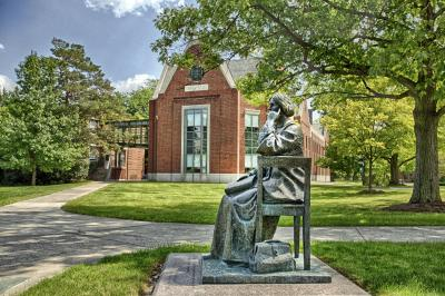 Elizabeth Blackwell Statue at Hobart and William Smith