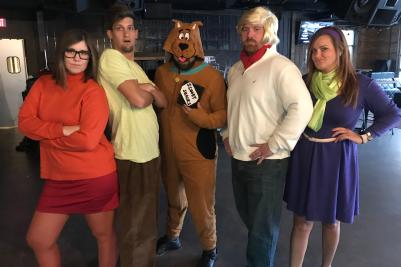 Group dressed up like Scooby Doo Mystery Inc. characters
