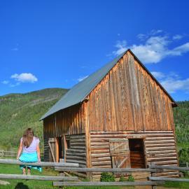 Mad Creek Barn