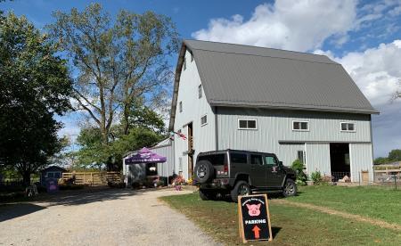 Oinking Acres Farm Rescue & Sanctuary