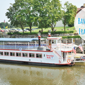 Bavarian Belle Riverboat Frankenmuth - Zoom