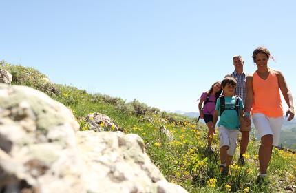 Family Hike Header
