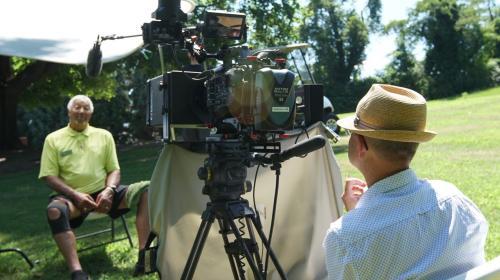 "Muni"" documentary filmmaker Paul Bonesteel interviews Asheville golfer C.Y. Young"