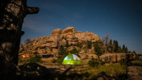 Video Thumbnail - vimeo - 01 Camping