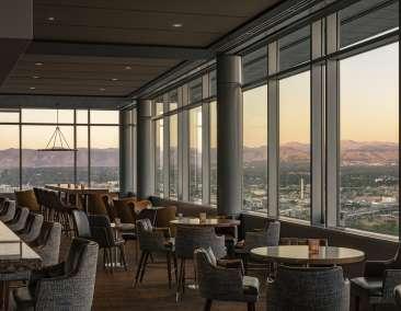 Peaks Lounge at Hyatt Regency in Denver