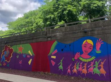 "Meet The Murals: ""Geraldine's Reverie"" by Liz Zunon"