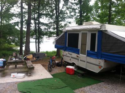 Camping_Pop Up Camper