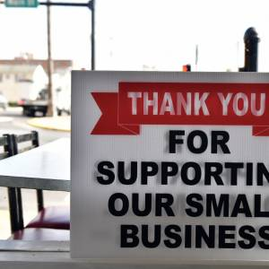 help small businesses sign