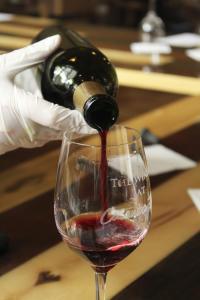 Catawba Farms Wine Pour