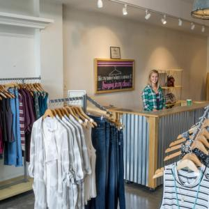 7 Women-owned Boutiques in Topeka, KS