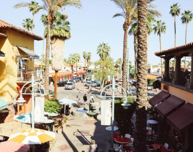 Shopping in Palm Springs | Boutiques, Galleries & Outlets on