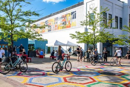bridgeview box park levee bicycles