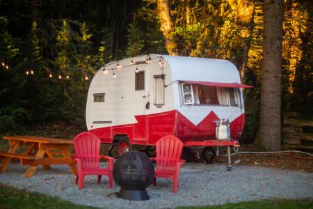 Trailer lodging in Ashford