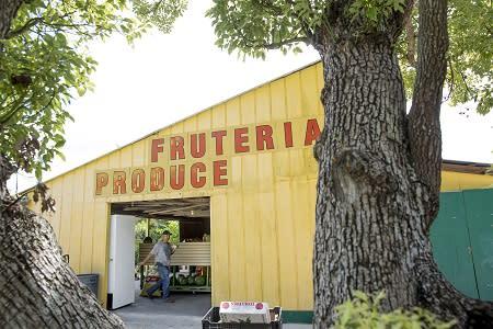 El Rancho Fruteria in Arcadia
