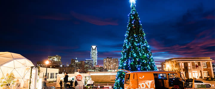 Oklahoma City Is Abuzz At Holiday Time From Viewing The Ling Light Displays To Eing Beloved Annual Performances