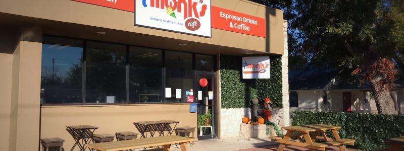 7 Monks Café - Outside