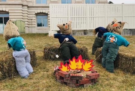 Scarecrows Roasting Marshmallows at Hendricks County Courthouse Square
