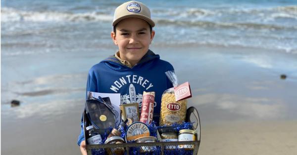 Monterey Bay Food Tours Basket