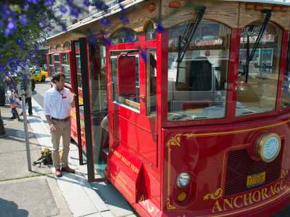 Anchorage Trolley Tours sightseeing tours