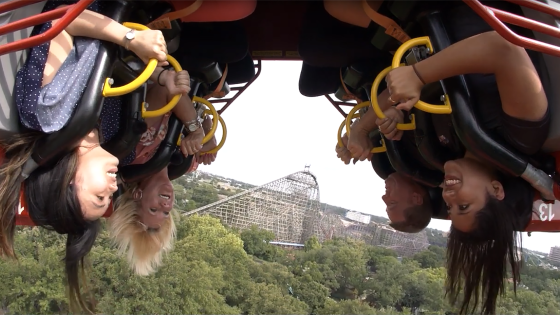 passengers on Six Flags Over Texas ride El Diablo