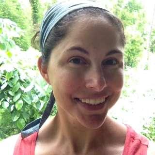 Lindsey Grossman Headshot