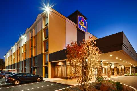 ϾBest Western Plus in New Albany, Indiana}}