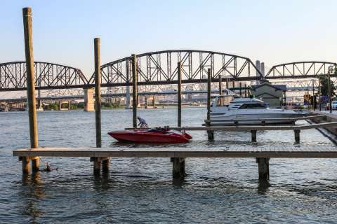 ϾJeffersonville Marina}}