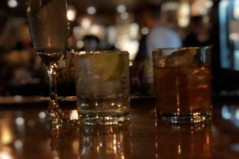 ϾPints&union - cocktails}}