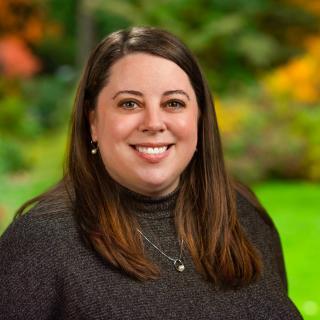 Melissa Elkins Headshot 2021