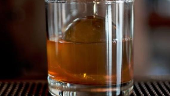 Sipping in Chicago: Great Bars for Irish Whiskey