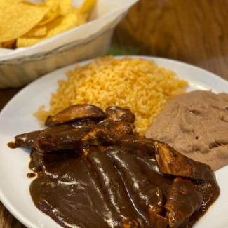 Mexico Lindo Mole over Chicken